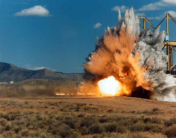 http://911review.com/errors/pentagon/imgs/f4_3.jpg